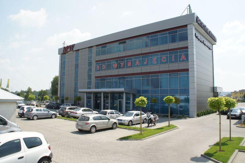 http://biznesparkwielicka.pl/uploads/images/biura/bpw-budynek.jpg